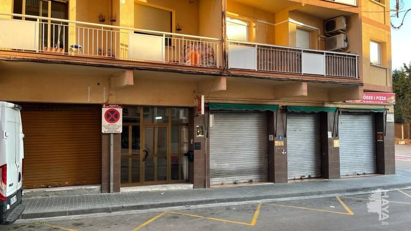 Piso en venta en Sant Andreu de la Barca, Barcelona, Calle Catalunya, 84.100 €, 47 m2