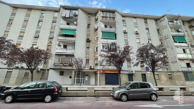 Piso en venta en Sant Ildefons, Cornellà de Llobregat, Barcelona, Calle Avet, 80.500 €, 2 habitaciones, 1 baño, 48 m2