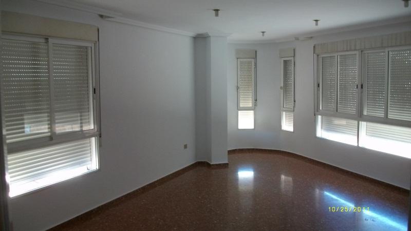 Piso en venta en Ribesalbes, Castellón, Avenida Onda, 53.000 €, 3 habitaciones, 1 baño, 102 m2