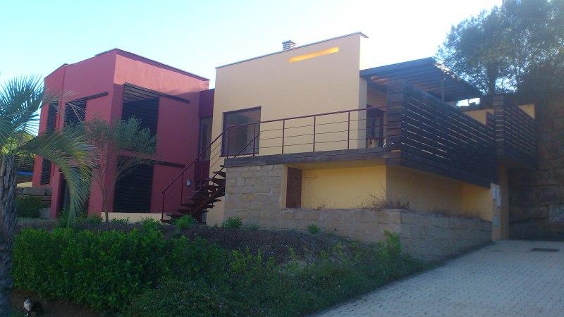 Casa en venta en La Alqueria, Benahavís, Málaga, Urbanización Parque Botanico, 300.000 €, 2 habitaciones, 2 baños, 152 m2