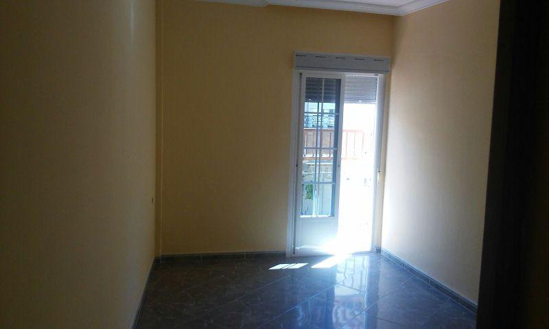 Piso en venta en Bailén, Jaén, Calle Arroyo, 65.500 €, 4 habitaciones, 2 baños, 119 m2