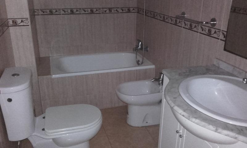 Piso en venta en El Ejido, Almería, Calle Garcia Espin, 83.000 €, 2 habitaciones, 1 baño, 74 m2