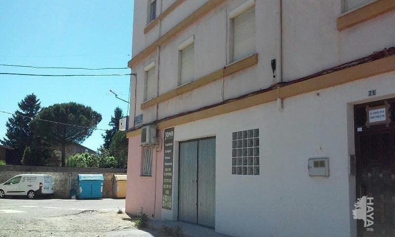 Piso en venta en Piso en León, León, 30.000 €, 2 habitaciones, 1 baño, 57 m2