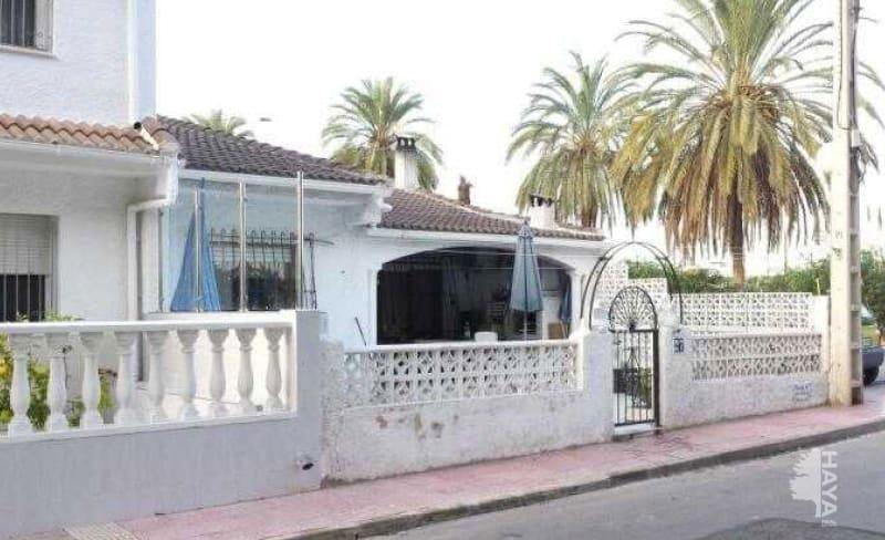 Casa en venta en Torrevieja, Alicante, Calle Grullas, 96.600 €, 3 habitaciones, 2 baños, 73 m2