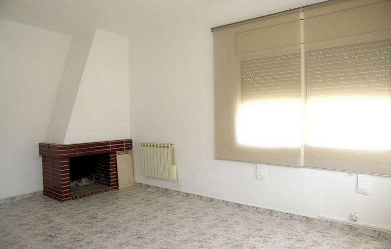 Piso en alquiler en Santa Eulàlia de Ronçana, Barcelona, Calle Verge del Remei, 520 €, 3 habitaciones, 1 baño, 84 m2