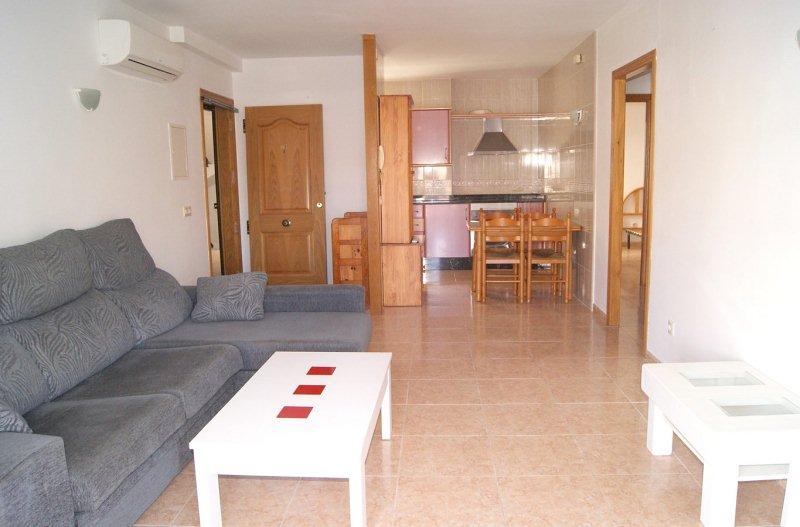 Piso en venta en Portocolom, Manacor, Baleares, Calle de la Mar, 141.000 €, 2 habitaciones, 1 baño, 74 m2