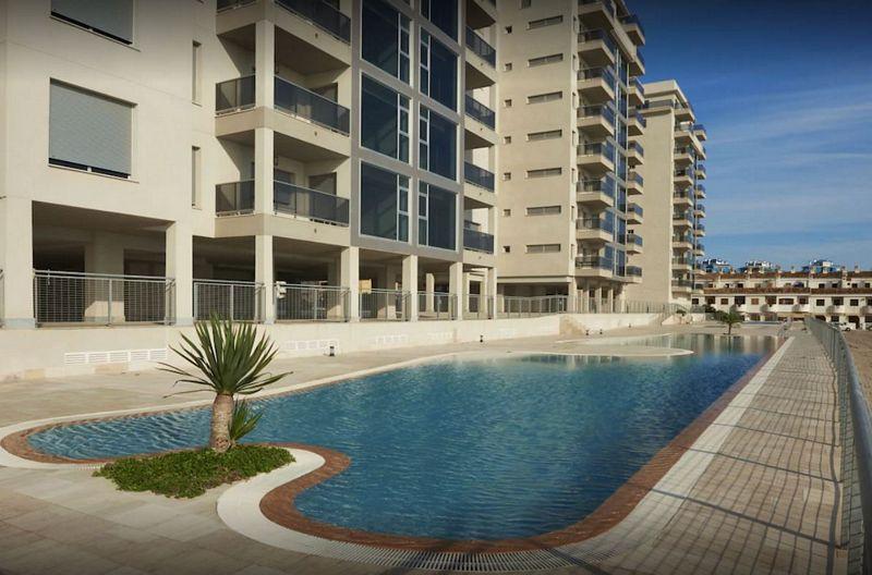 Piso en venta en San Javier, Murcia, Calle Gran Vía de la Manga del Mar Menor, 147.875 €, 2 habitaciones, 2 baños, 82,62 m2