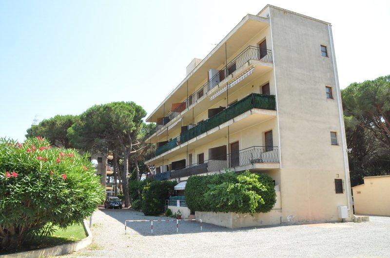 Piso en venta en Calonge, Girona, Calle Arroyo Union, 63.000 €, 1 habitación, 1 baño, 37 m2