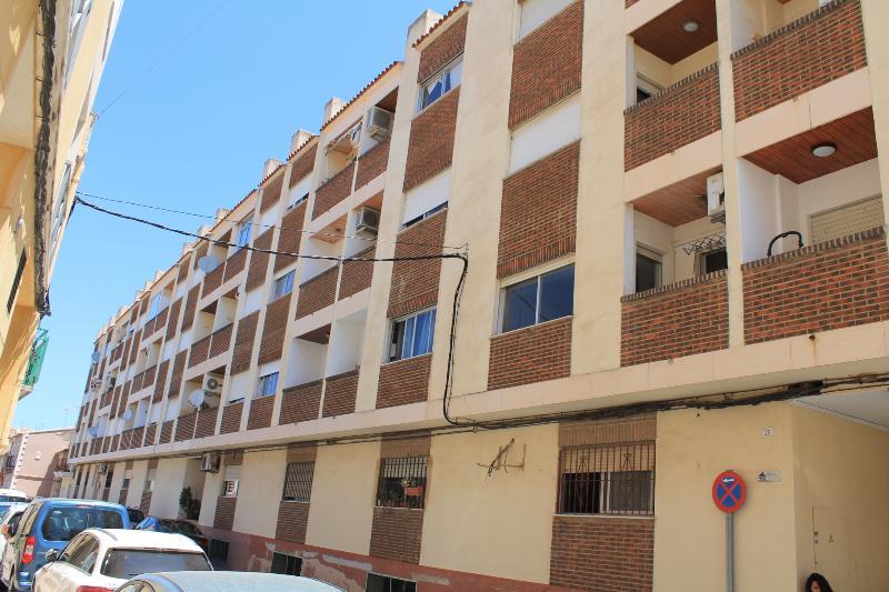 Piso en venta en El Verger, Alicante, Calle San Antonio, 49.000 €, 3 habitaciones, 1 baño, 103 m2