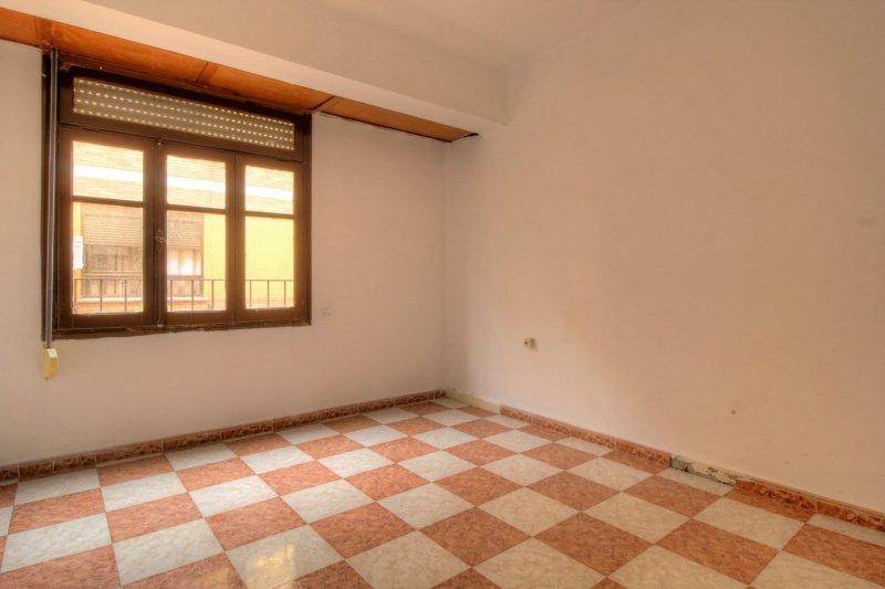 Piso en venta en Virgen de Gracia, Vila-real, Castellón, Calle Catalunya, 45.000 €, 3 habitaciones, 1 baño, 77 m2