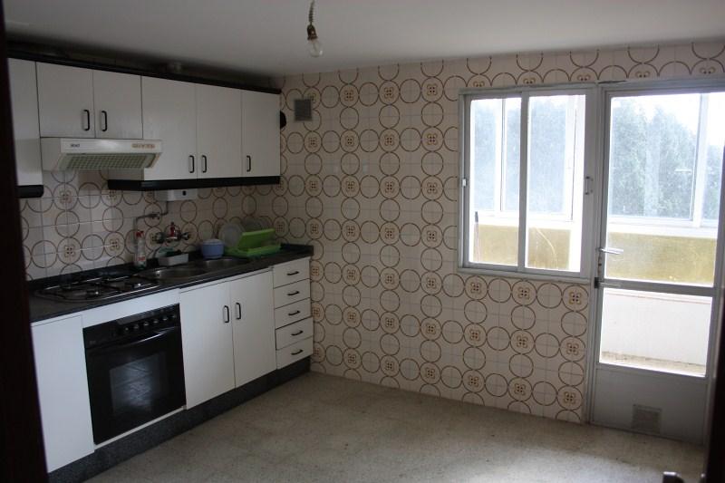 Piso en venta en Curtis, A Coruña, Carretera Teixeiro-carballas, 29.900 €, 3 habitaciones, 1 baño, 94 m2