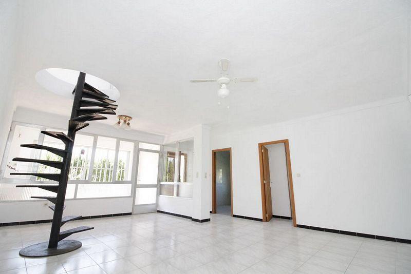 Casa en venta en Sant Llorenç Des Cardassar, Baleares, Calle Dalia, 187.500 €, 6 habitaciones, 2 baños, 149,21 m2