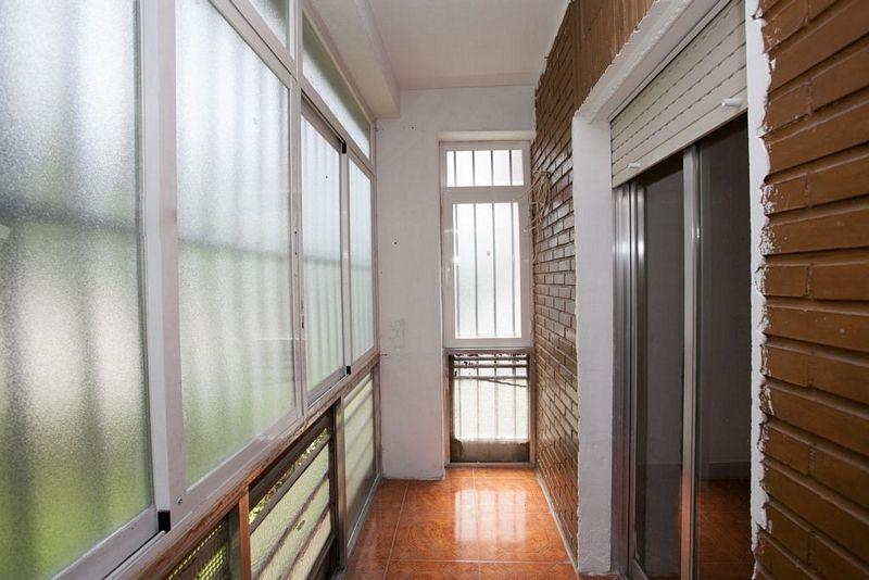 Piso en alquiler en Madrid, Madrid, Calle Via Lusitana, 850 €, 4 habitaciones, 1 baño, 90 m2