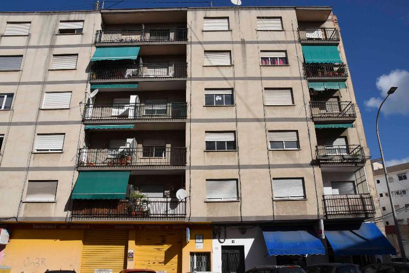 Piso en venta en Gandia, Valencia, Calle Xeresa, 29.500 €, 4 habitaciones, 1 baño, 102 m2