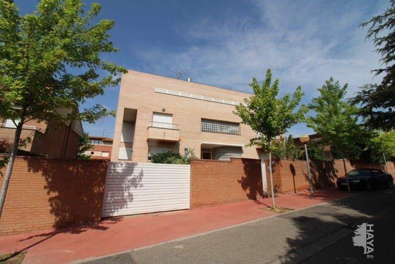 Casa en venta en Ciutat Jardí, Lleida, Lleida, Calle Arquitecte Campmany, 659.610 €, 5 habitaciones, 5 baños, 600 m2