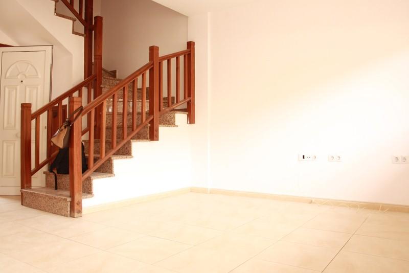 Piso en venta en La Charca, Puerto del Rosario, Las Palmas, Calle la Jara, 96.000 €, 3 habitaciones, 2 baños, 71 m2