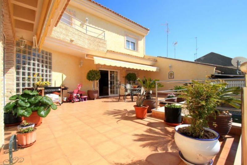 Casa en venta en San Javier, Murcia, Calle Isla Cristina, 420.000 €, 6 habitaciones, 3 baños, 400 m2
