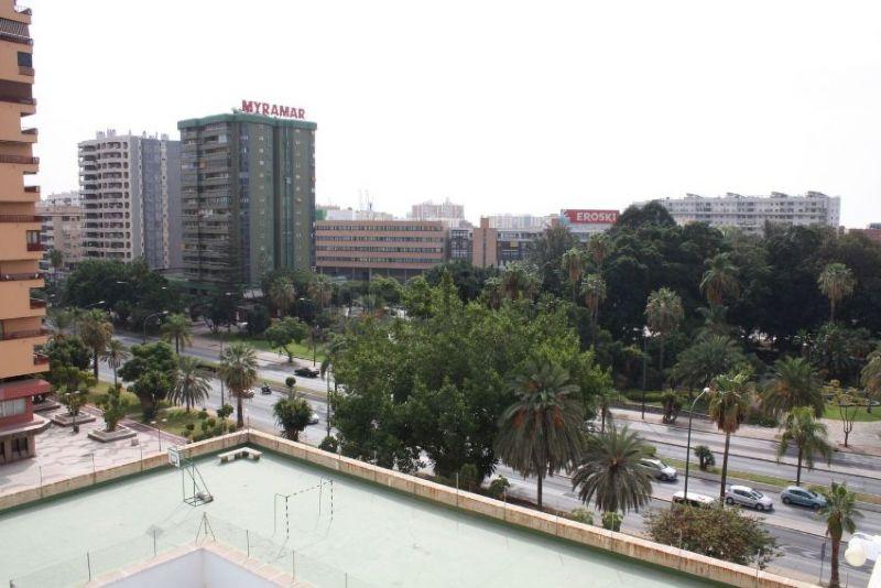Piso en venta en Málaga, Málaga, Avenida de Andalucía, 315.000 €, 4 habitaciones, 2 baños, 142 m2