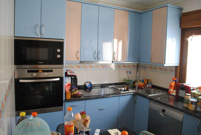 Piso en venta en Narón, A Coruña, Rúa Eirexa, 63.000 €, 3 habitaciones, 1 baño, 69 m2