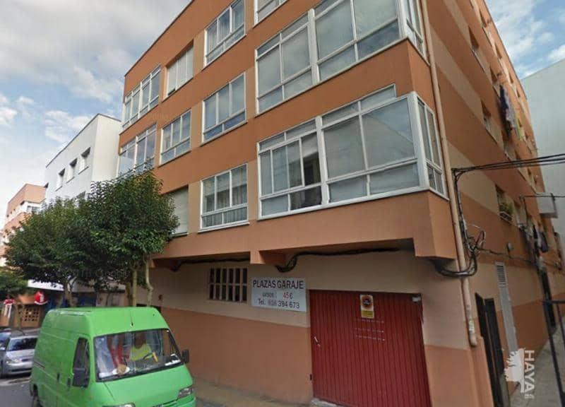 Piso en venta en Santa Cristina, Oleiros, A Coruña, Calle Xuncal, 64.000 €, 1 baño, 62 m2
