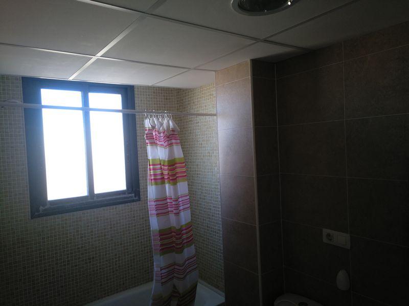Piso en venta en Castellón de la Plana/castelló de la Plana, Castellón, Calle Rio Jabalon, 101.000 €, 2 habitaciones, 1 baño, 65 m2