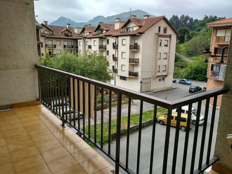 Piso en venta en Limpias, Limpias, Cantabria, Avenida Conde de Albox, 102.000 €, 3 habitaciones, 1 baño, 106,4 m2