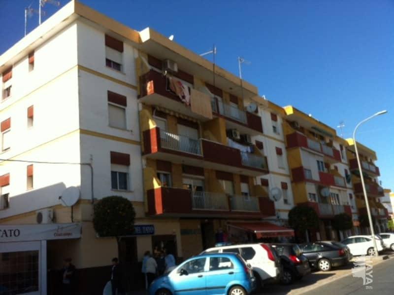 Piso en venta en Ayamonte, Huelva, Calle Jacinto Benavente, 59.000 €, 3 habitaciones, 1 baño, 83 m2
