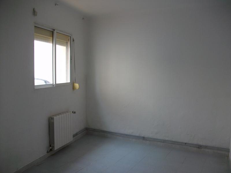 Piso en venta en Òdena, Barcelona, Calle del Petit, 60.000 €, 3 habitaciones, 1 baño, 58 m2