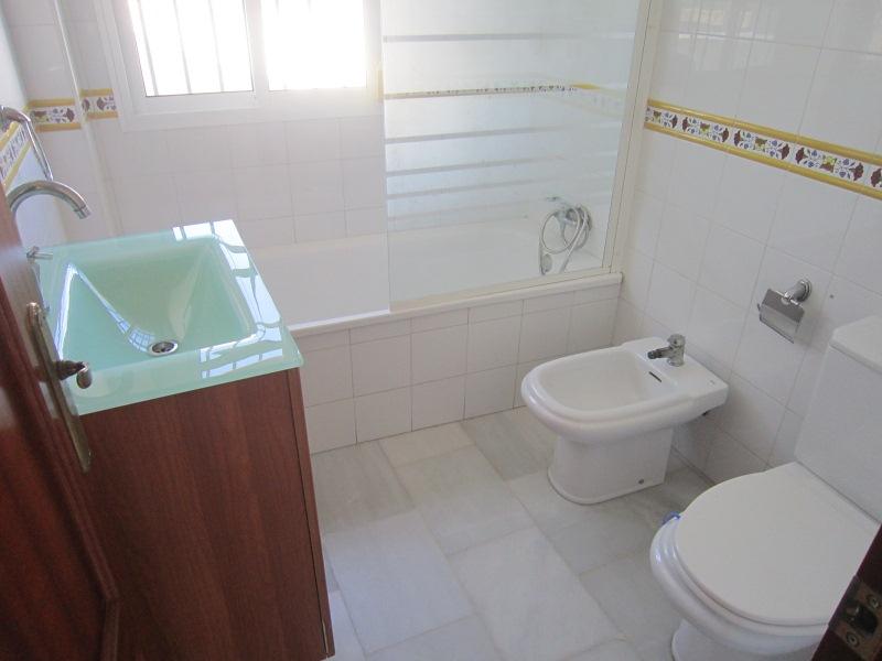 Piso en venta en Centro, Chiclana de la Frontera, Cádiz, Calle Arroyuelo, 59.000 €, 1 habitación, 1 baño, 55 m2