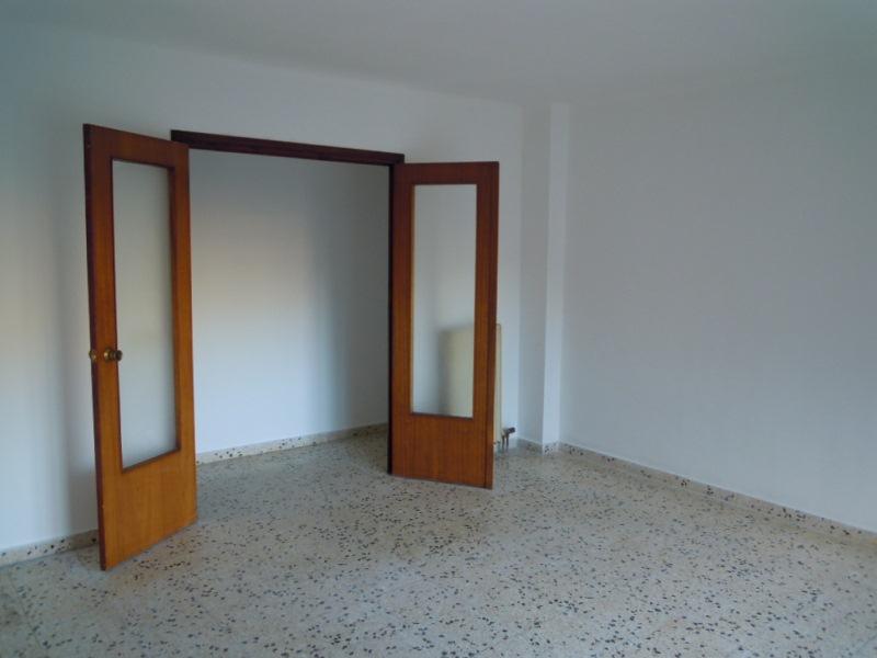 Piso en venta en Piso en Manresa, Barcelona, 104.000 €, 4 habitaciones, 1 baño, 100 m2