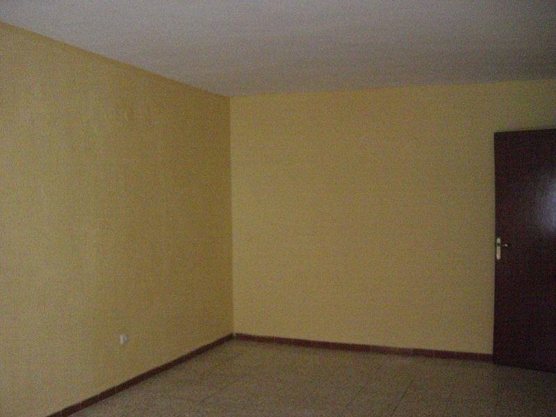 Piso en venta en Barriada Juan Rejano, Puente Genil, Córdoba, Avenida de la Estacion, 44.900 €, 3 habitaciones, 1 baño, 87 m2