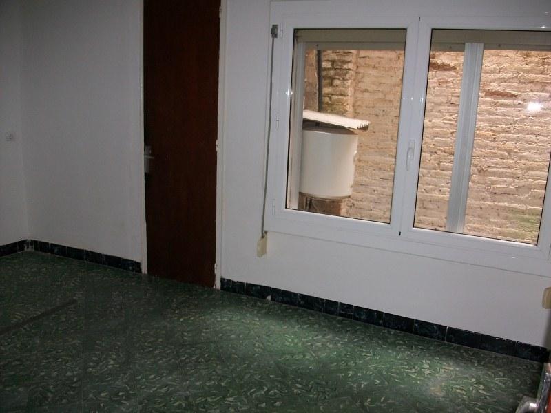 Piso en venta en Santa Margarida de Montbui, Barcelona, Calle Santa Margarida, 35.000 €, 2 habitaciones, 1 baño, 50 m2