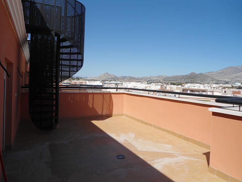 Piso en venta en Monforte del Cid, Alicante, Calle Oscar Espla, 80.800 €, 3 habitaciones, 2 baños, 119 m2