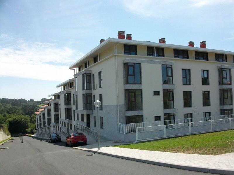 Piso en venta en Redes, Mugardos, A Coruña, Urbanización Alameda Do Baño, 96.000 €, 2 habitaciones, 2 baños, 98 m2