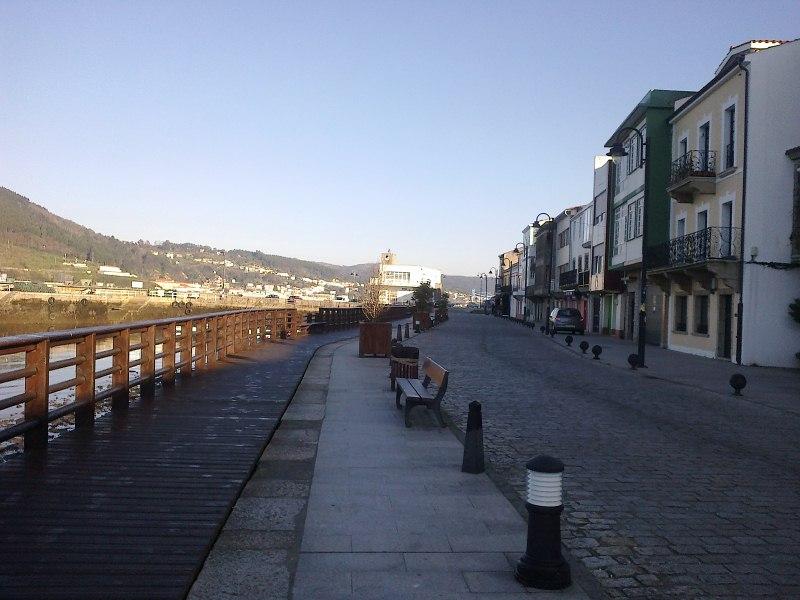 Piso en venta en Mugardos, A Coruña, Urbanización Alameda Do Baño, 77.000 €, 2 habitaciones, 2 baños, 100 m2
