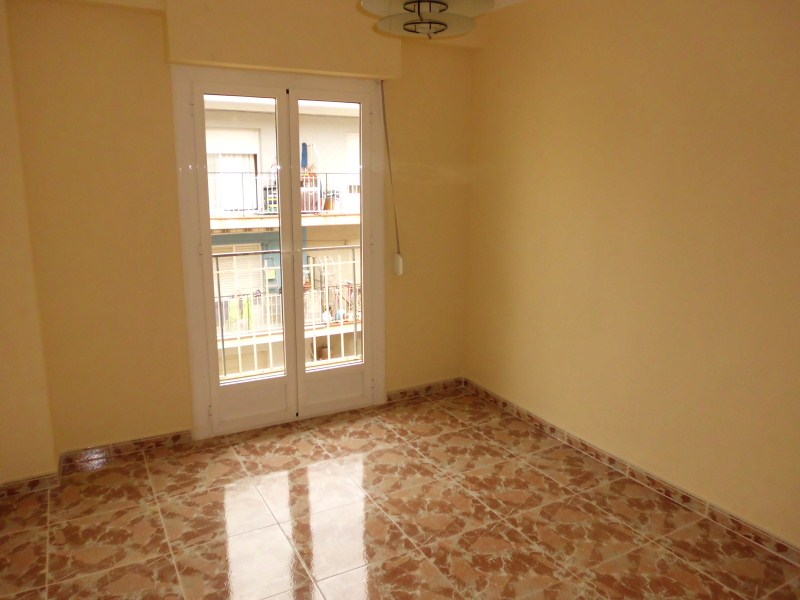 Piso en venta en Santa Pola, Alicante, Calle Felipe Ii, 34.000 €, 3 habitaciones, 1 baño, 79 m2