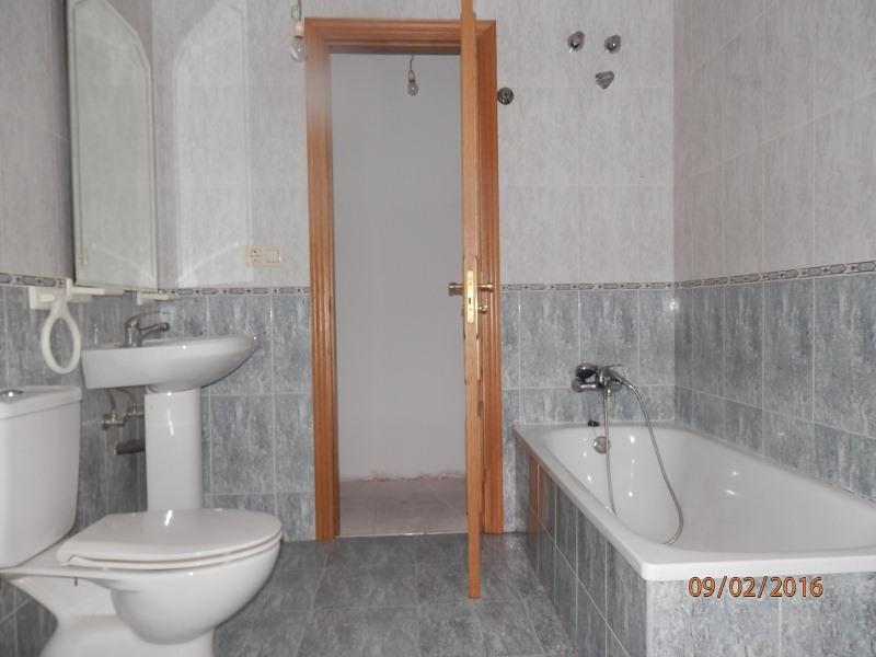 Piso en venta en Maceira, Covelo, Pontevedra, Calle Vigo (de), 35.900 €, 2 habitaciones, 1 baño, 87 m2