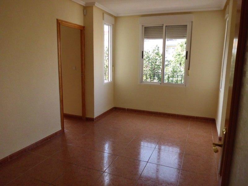 Piso en venta en Caudete, Albacete, Calle Jose Antonio, 33.000 €, 3 habitaciones, 1 baño, 102 m2