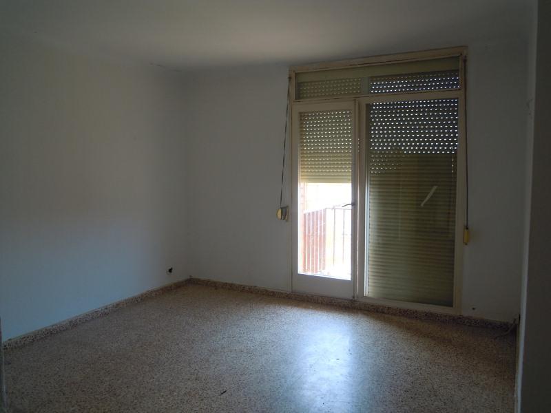 Piso en venta en Granja Camarago, Santpedor, Barcelona, Calle Arquitecte Gaudi, 63.000 €, 3 habitaciones, 1 baño, 85 m2