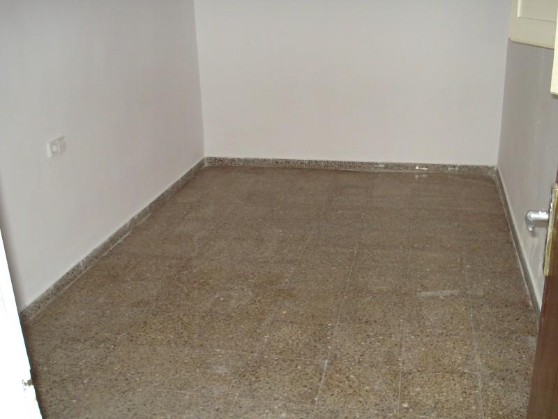 Piso en venta en Figueres, Girona, Calle Firal, 98.000 €, 3 habitaciones, 1 baño, 133 m2