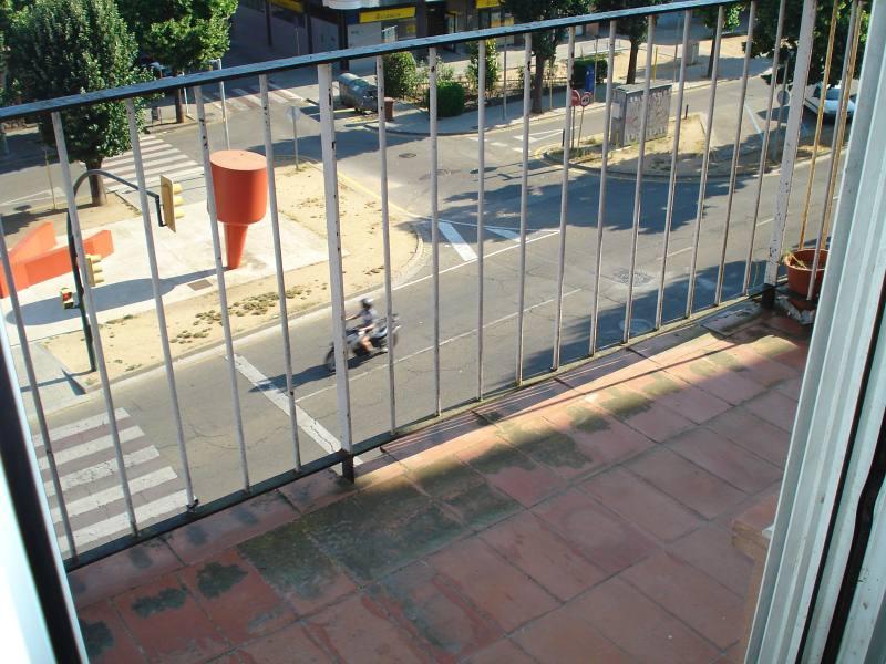 Piso en venta en Piso en Salt, Girona, 70.500 €, 3 habitaciones, 1 baño, 86 m2