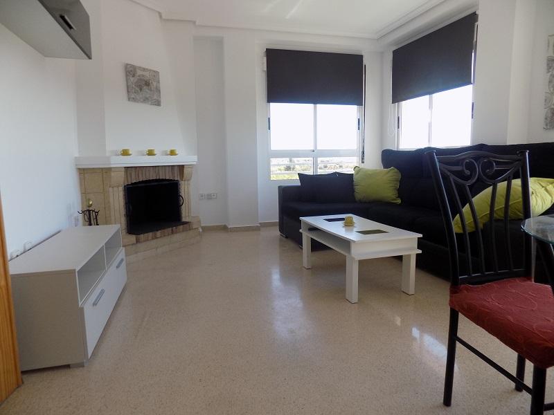 Piso en venta en Los Montesinos, Alicante, Calle Naranjo, 67.000 €, 3 habitaciones, 2 baños, 110 m2