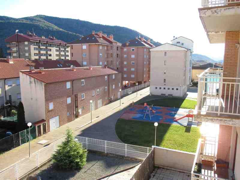 Piso en venta en Puente de Sardas, Sabiñánigo, Huesca, Calle , 62.500 €, 1 habitación, 1 baño, 56 m2