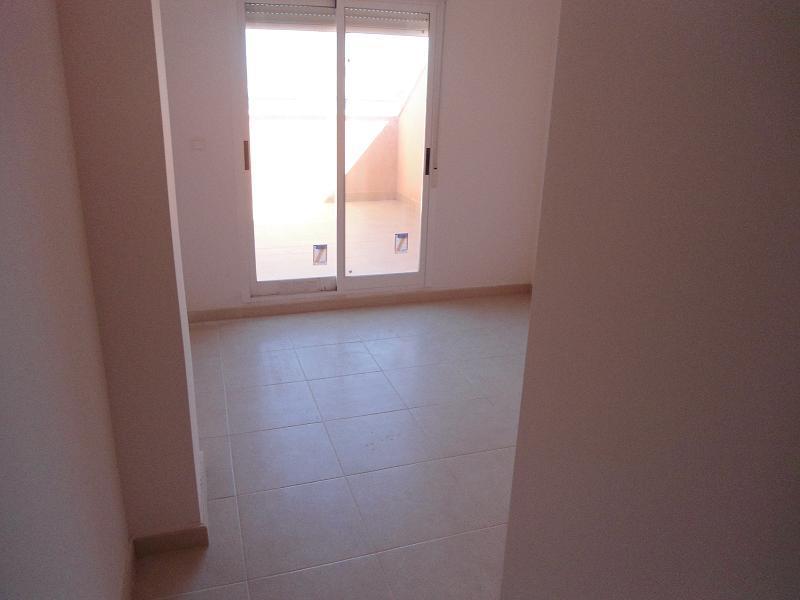 Piso en venta en Monforte del Cid, Alicante, Avenida Oscar Espla, 92.600 €, 3 habitaciones, 2 baños, 138 m2