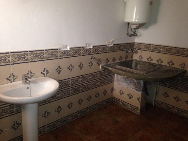Piso en venta en Caudete, Albacete, Calle San Luis, 35.500 €, 3 habitaciones, 1 baño, 119 m2