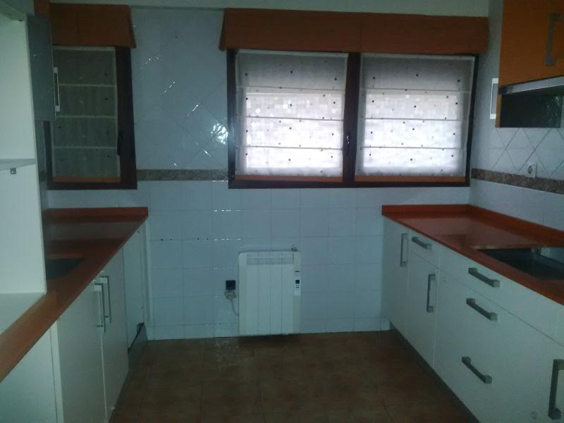 Piso en venta en Barakaldo, Vizcaya, Calle la Inmaculada, 123.000 €, 2 habitaciones, 2 baños, 63 m2