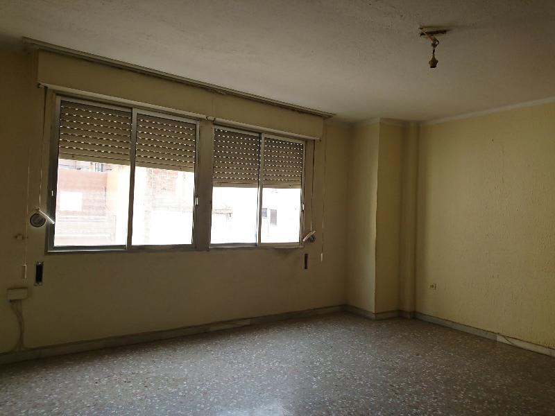 Piso en venta en Vila-real, Castellón, Calle Peñiscola, 42.617 €, 3 habitaciones, 1 baño, 115 m2