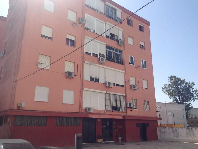 Piso en venta en Jerez de la Frontera, Cádiz, Calle Caracolas, 55.000 €, 3 habitaciones, 1 baño, 88 m2