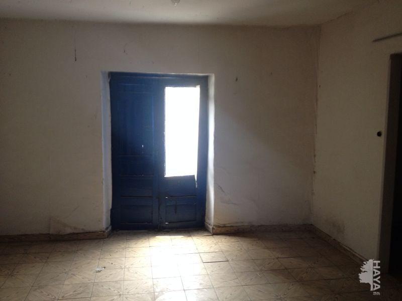 Casa en venta en Cebreros, Ávila, Travesía de la Plaza, 62.567 €, 7 habitaciones, 3 baños, 285 m2