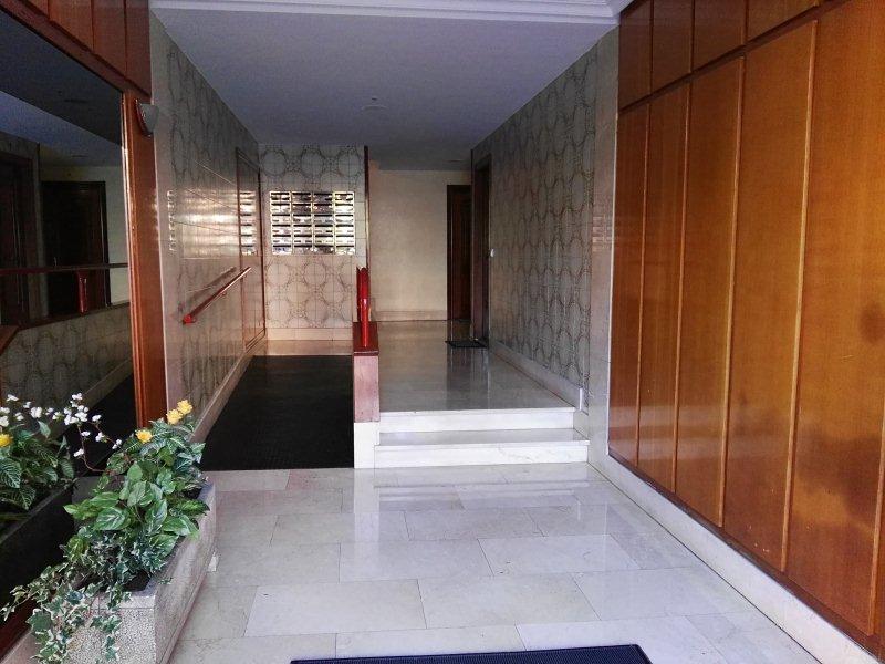 Piso en venta en Rubín, Oviedo, Asturias, Calle Alfredo Mínguez Sánchez, 96.000 €, 3 habitaciones, 1 baño, 96 m2